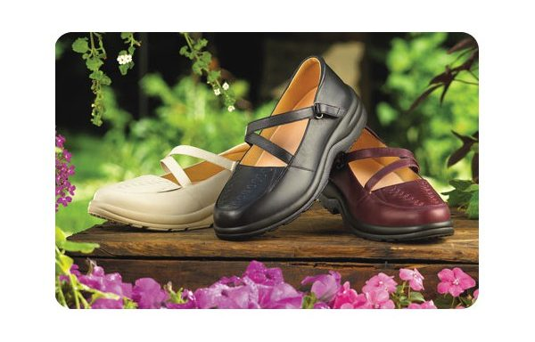 b5021d6ee055 ... Shoes - Dr Comfort Womens Dress Up. Betsy