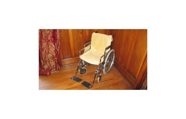 Medical Sheepskin Wheelchair Cushion with Backrest
